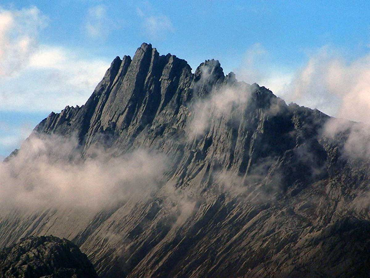 Seven Summits Carstensz-Pyramide